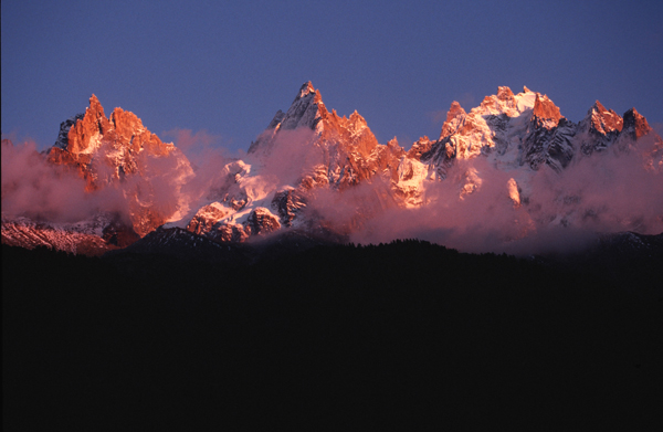 Aguille de Chamonix sunset